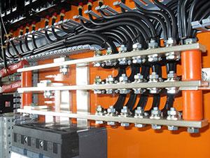 Quais são os tipos de painéis elétricos?