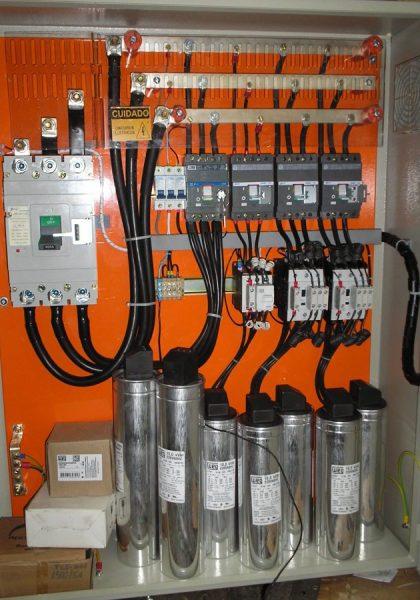 correcao-de-fator-de-potencia-em-circuito-trifasico_577768