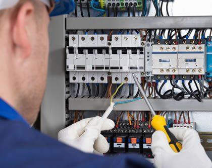 engenharia-consultiva-em-assessoria-para-adequacao-de-instalacoes-eletricas-de-acordo-com-a-nr-10